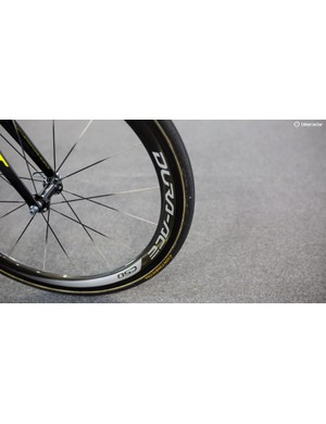 Dura-Ace C-50 rolling stock for Ewan....