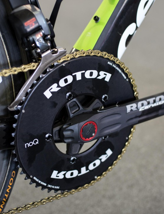 Renshaw was running Rotor's NoQ round rings and the brand's In2Power cranks