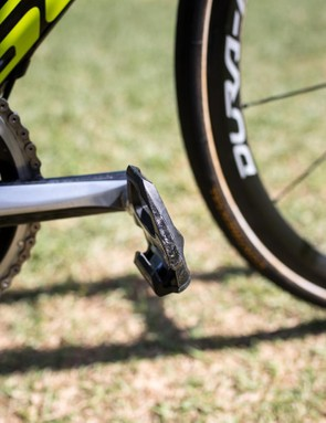 It looks like these Dura-Ace pedals have hit the ground