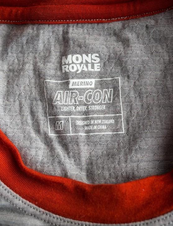 The Air-Con mesh sees merino wool spun around a nylon and elastane core