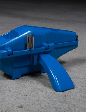 Park Tool's CM-25 Professional Chain Cleaner is likely to appeal to shops and pro wrenches but might be a bit too expensive for the everyday user