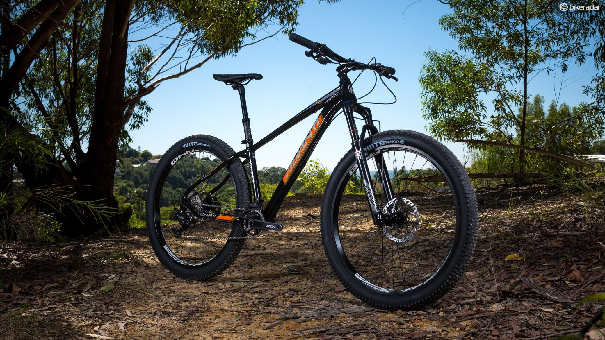 Avanti's Competitor 2 is a 27.5+ alloy hardtail