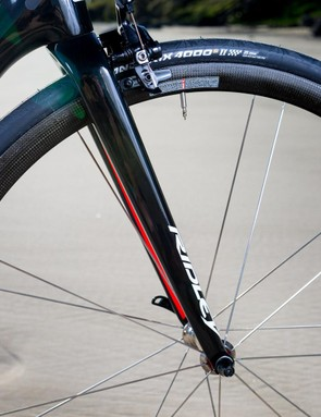 One of the big changes for the new Helium SLX is the fork, with narrower and straighter blades
