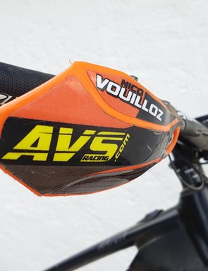 In the scratchy, scrubby trails in the South of France, AVS hand guards give that little extra protection