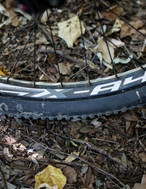 With a 32mm internal width, the Weinmann X-A40 Doublewall rims paired nicely with the fat tires