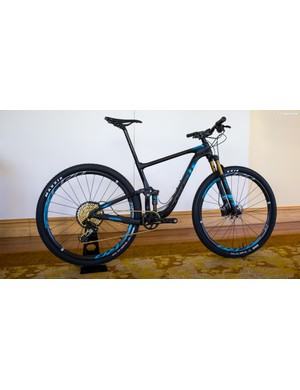 The Anthem Advanced Pro 29er 0 weighed just 10.2kg / 22.5 lbs