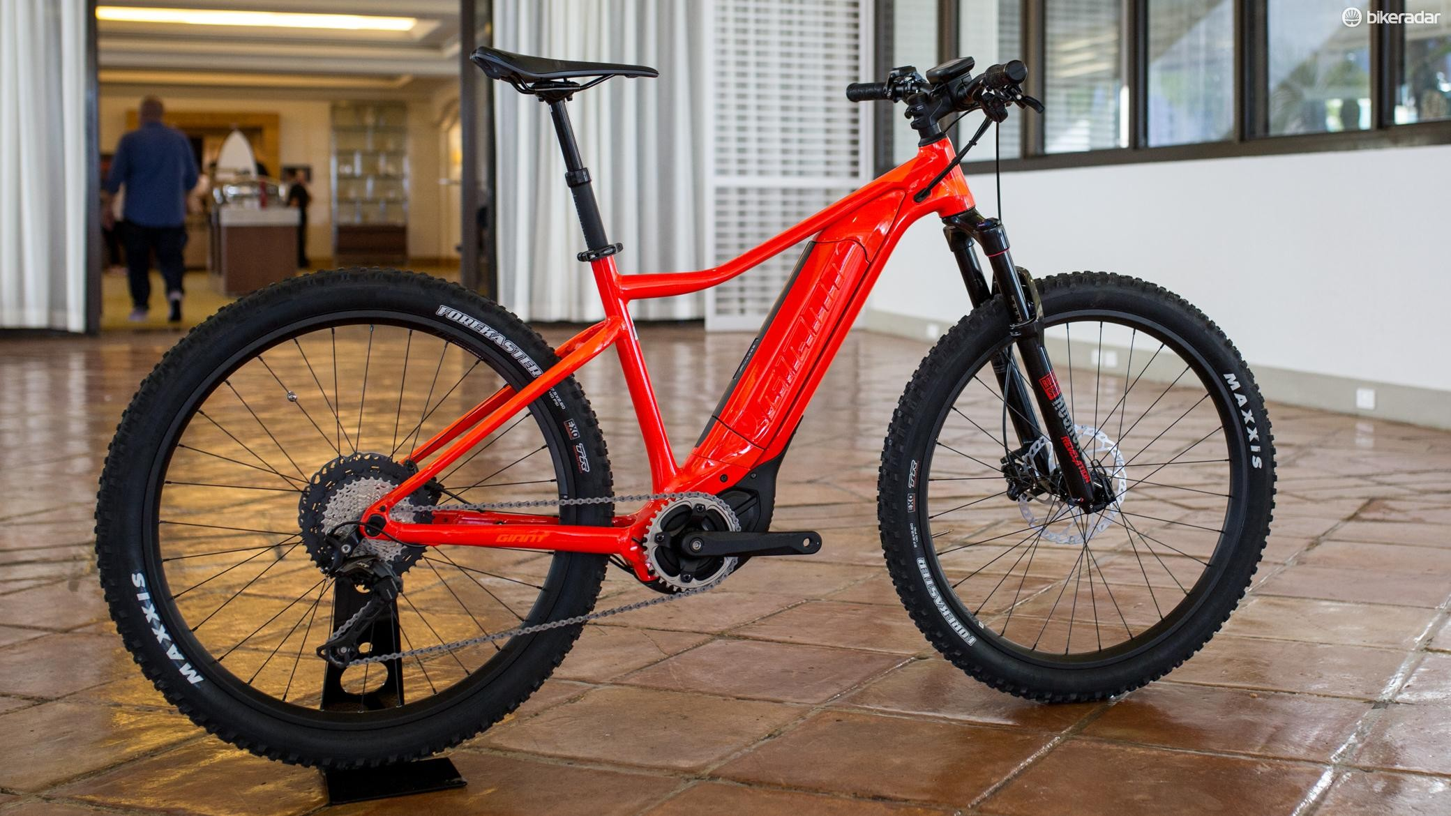 Giant's new 27.5+ e-MTB is the Dirt E+ 100Pro