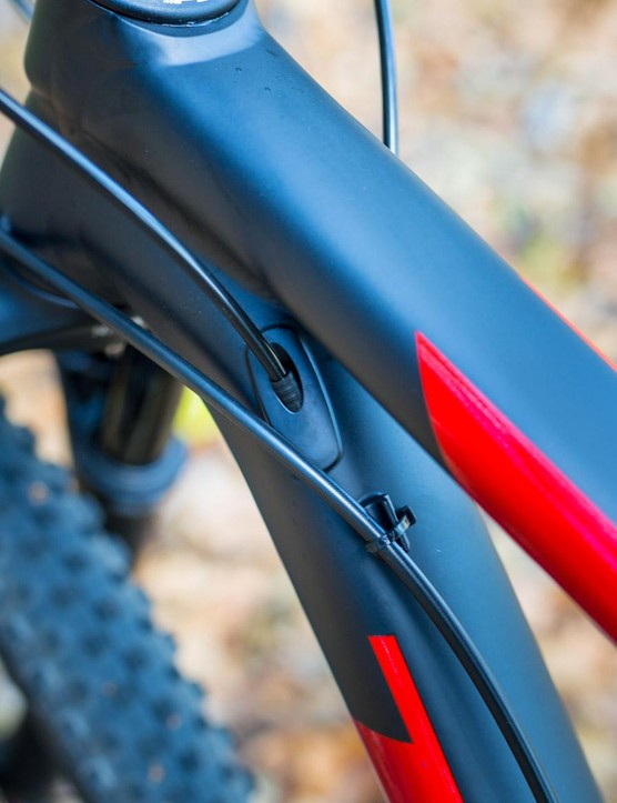 There is a mix of internal and external cable routing