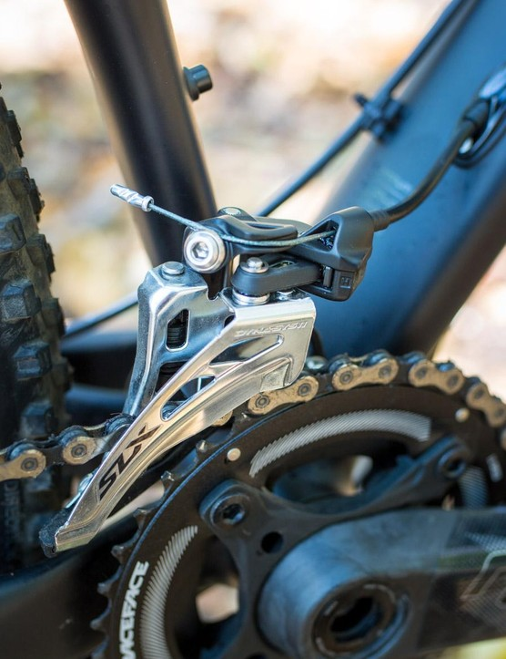 While the 2x drivetrain worked flawlessly, a 1x system would have been welcome
