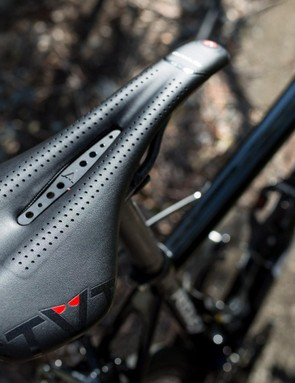 The Astute Star is quite similar in shape to the Specialized Romin, my preferred saddle
