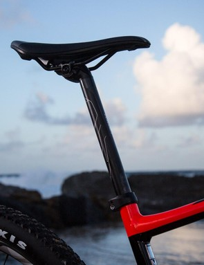 I'm not totally sold on the 27.2in seatpost given the limited dropper compatibility