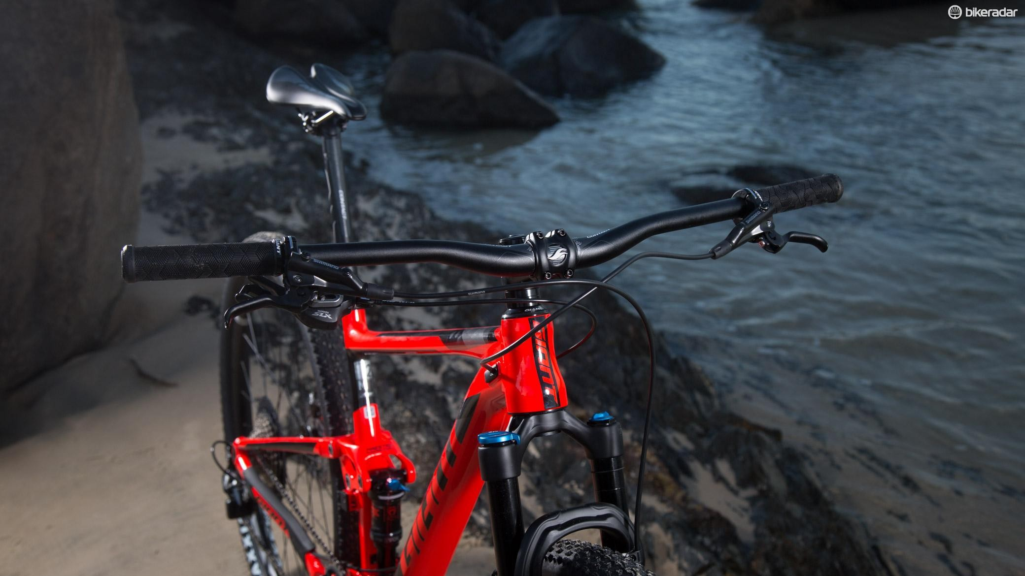 It's not common yet to see 780mm bars on an XC bike straight out of the box