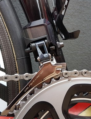 The bike runs a Shimano Dura-Ace R9150 groupset