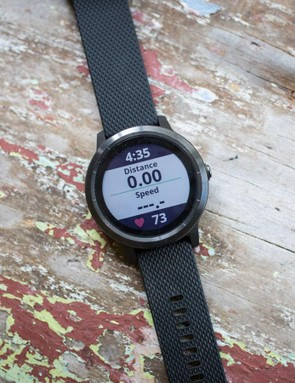 The Vivoactive can show up to three screens of four metrics
