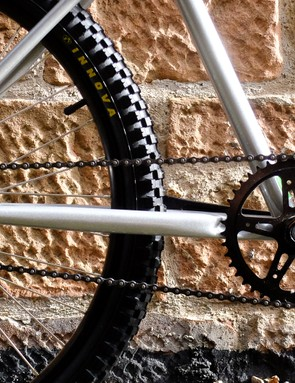 The simple singlespeed drivetrain should appeal to beginners and rad dudes alike
