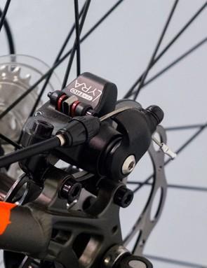 Tektro Lyra mechanical disc brakes take care of stopping...