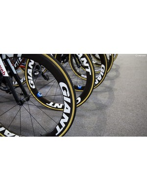 All the riders are on the SLR0 Aero tubulars, which the women's team were riding last year