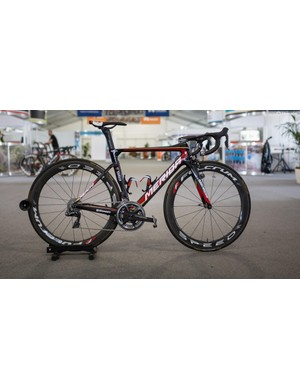 Bahrain-Merida's Merida Reacto with Shimano Dura-Ace R9150, SRM Origin cranks and Fulcrum Speed 55T wheels