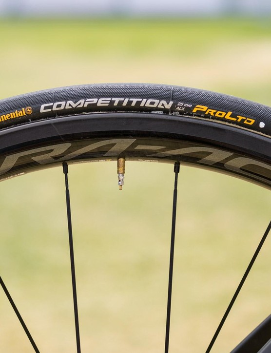 Team Sky's leader for the Tour Down Under opts for 24mm Shimano Dura-Ace R9100 wheels