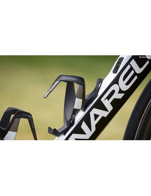 Team Sky opt to run Elite Vico Carbon bottle-cages on their Pinarellos