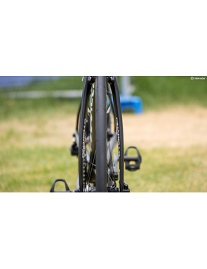A look at the front profile of Bernal's Pinarello Dogma F10
