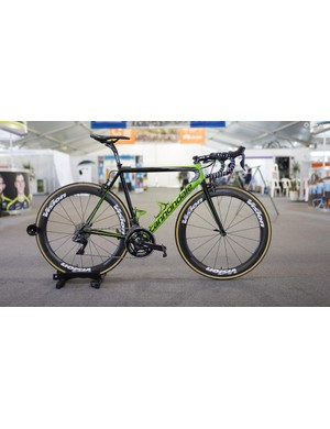 EF-Drapac's Cannondale SuperSix Evo with Shimano Dura-Ace R9150, FSA cranks and Vision wheels