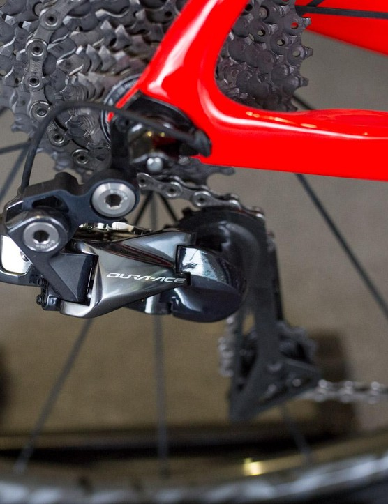 FDJ's bikes are equipped with full Shimano Dura-Ace R9150 groupsets