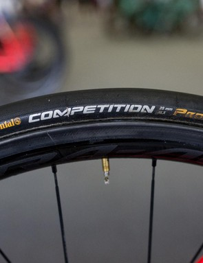 Cimolai's bike was setup with the 24mm versions of the Shimano Dura-Ace R9100 wheels and paired with Continental Competition tubular tyres