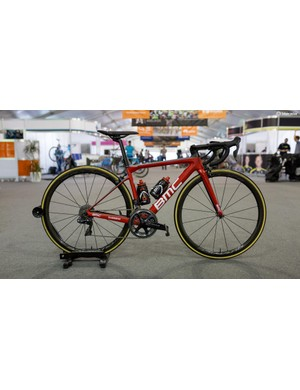 BMC Racing's BMC Teammachine SLR01 with Shimano Dura-Ace R9150 and R9100 wheels