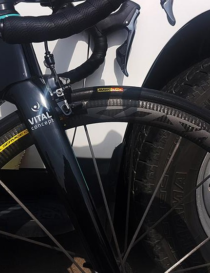 The Orbea Orca Aero has direct mount brakes front and rear