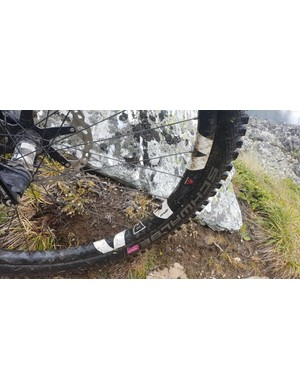 The rim is wide enough to give ample support to wide, aggressive tyres