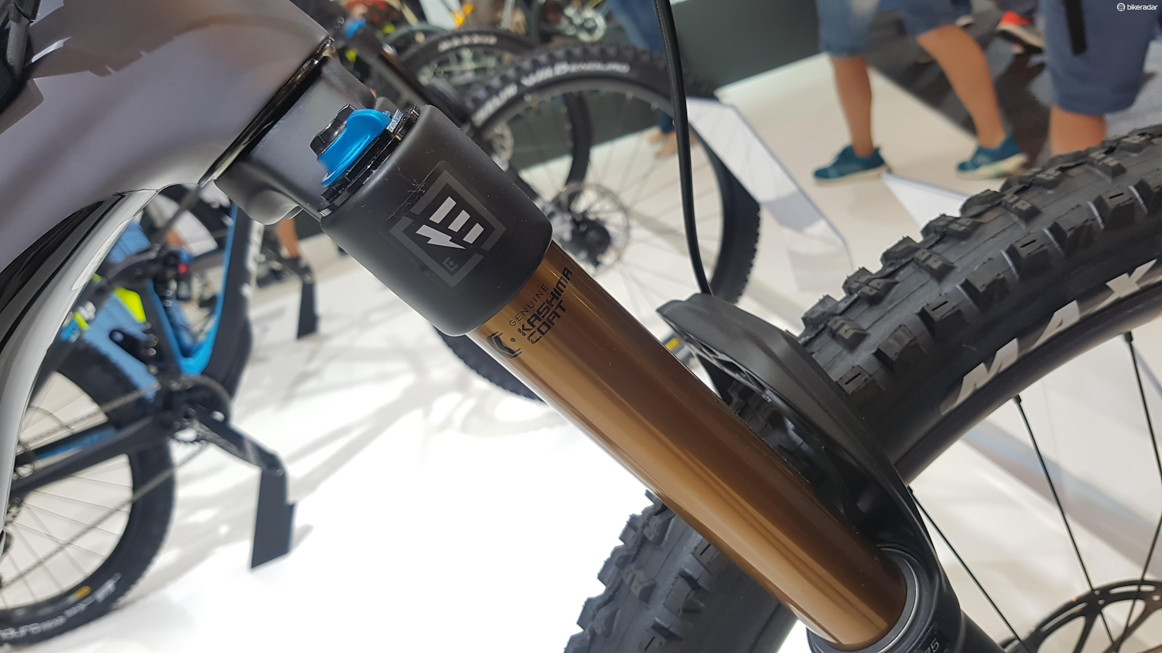 E-bike-specific components on the eZesty