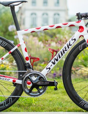 Julian Alaphilippe was presented with a polka-dot edition S-Works Tarmac for the final stage