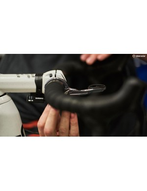 Swift's handlebars are paired with a K-Edge out-front computer mount