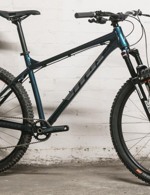 This is the 2019 Vitus Nucleus 27 VRX and we are already impressed