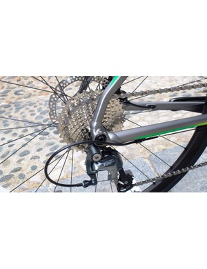 BMC recreated the frame shape of the carbon models as closely as possible in aluminium