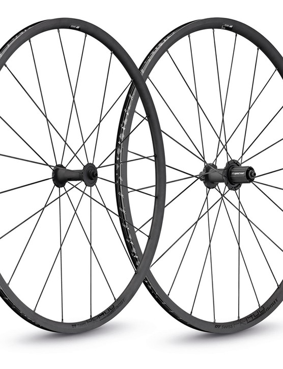 DT Swiss produces a very high-end alloy wheelset in the form of the PR1400