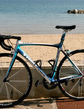 Like Contador did before the Giro, the bike also got some sun at the beach.