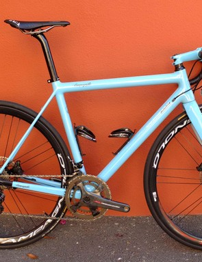 This custom Campagnolo Sarto frame has the H11 Super Record mechanical DB groupset fitted