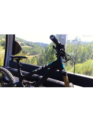 Riding the Vail gondola up to 10,150ft / 3,094m, and that's the mid mountain stop