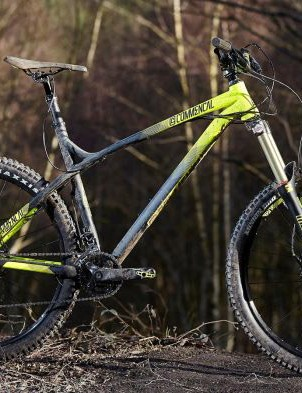 The Meta HT AM lives for rowdy descents and gravity-assisted charging
