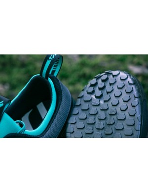 The 1.0s still get the same revised SlipNot 2.0 rubber compound sole, which offers impressive levels of grip. There's also pronounced toe and heel tread for better off the bike traction