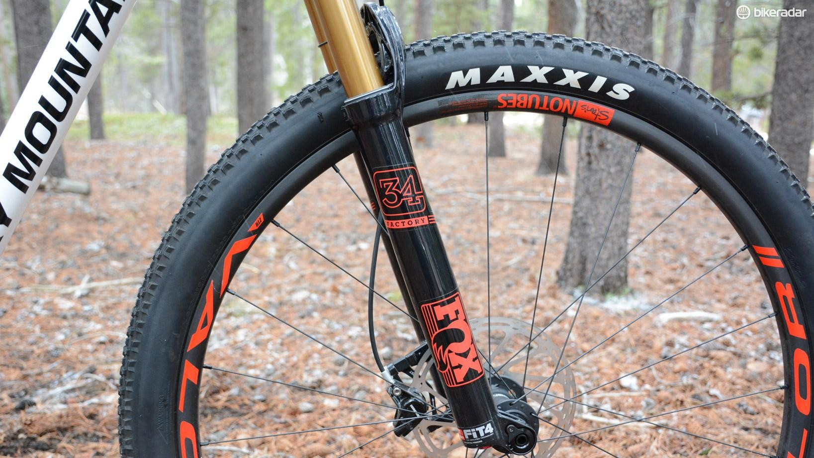 120mm leads the way, courtesy of a Fox 34 Float Factory fork