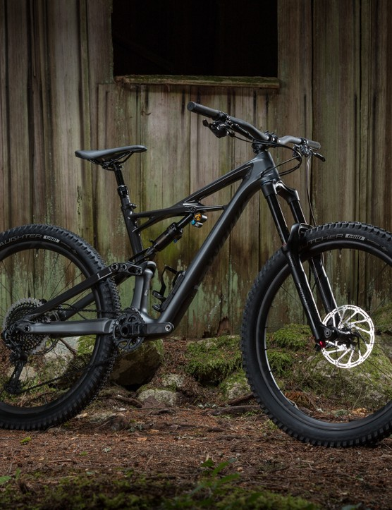 If you live in the USA, you'll also get the option of the Enduro 650b with massive 2.6in tyres. Due to fork arch clearance this won't be available in Europe
