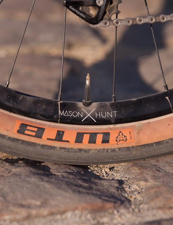 Hunt and Mason collaborated on these 2x alloy wheels