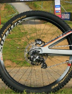 A carbon rear end keeps weight down, while a Fox X2 coil shock keeps its cool in the rough