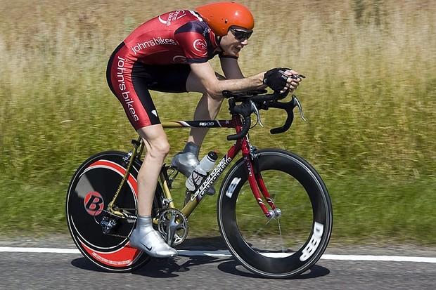 Nik Gardiner on his way to winning the UK national 24 hour championship
