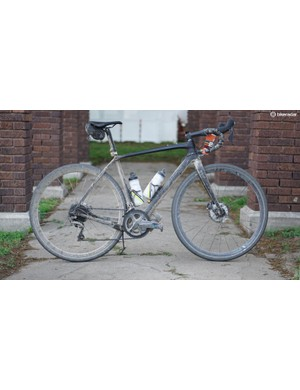 I gave Trek grief about the company's Domane Gravel (read: an endurance road bike with G Ones), but the Trek Checkpoint is legit