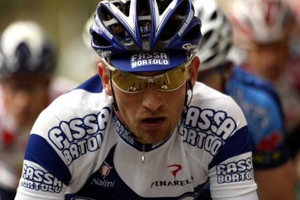 Frank Vandenbroucke riding for Fasso Bartolo in 2004