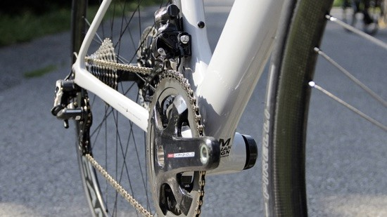 The Strada Due is designed for use with electronic drivetrains